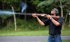 Barack-Obama-shooting-at--010.jpg