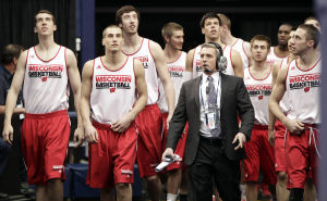 Oates: UW-Kentucky matchup marks shift in college basketball landscape ...