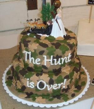 camouflage groom s cake red velvet cake covered in camouflage fondant ...