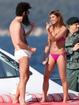 Elisabetta Canalis nuda topless tette culo hot sexy