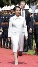 Gloria Arroyo 2003.jpg