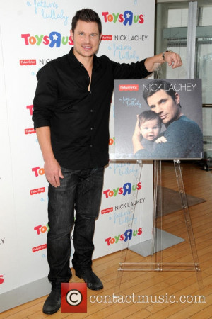 nick-lachey-nick-lachey-meets-fans-at_3716144.jpg