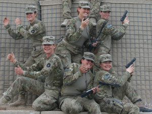 the-marines-are-enrolling-women-in-infantry-officers-school-for-the ...