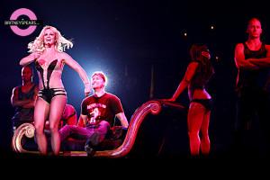 Neon LimeLinks: Britney Spears, Lance Bass, Solange, Wale, Gwen ...
