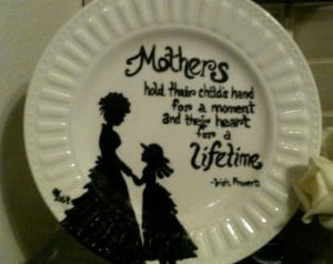 Mother and Daughter Hand Painted De corative Plate with Famous Irish ...