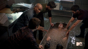... Dylan O'Brien Tyler Hoechlin Seth Gilliam Animal Clinic Ice Bath.png
