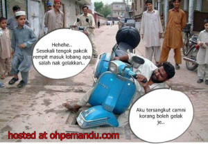 zrhbzeds.homeip.netFunny Motorcycle Accident Pictures,