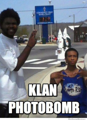 klan-photobomb