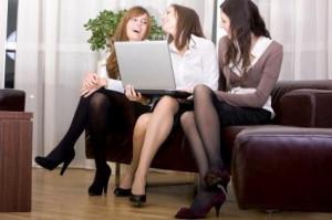 girlfriends_office_computer_0.jpg?itok=ZGLC41an