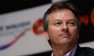 "Steve Waugh advising his bowlers on Rahul Dravid: ""Try to take his ..."