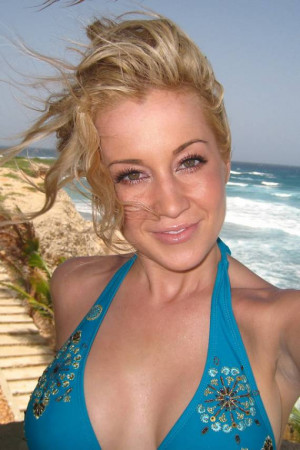 Kellie Pickler Autos and Cars ( 1 )