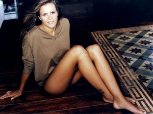 Laure Manaudou Biography, Laure Manaudou's Famous Quotes ...