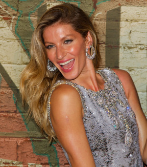 Gisele Bundchen believes that 'taking care of herself' makes her a ...