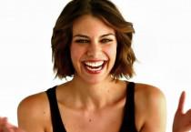Lauren Cohan Actress Download Wallpaper