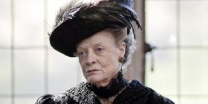 MacLaine tar turen til Downton