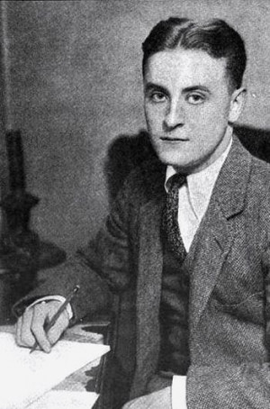 Scott-Fitzgerald-photo-from-early-1920s.jpg