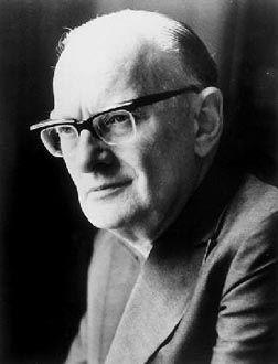 ... Arthur C. Clarke,