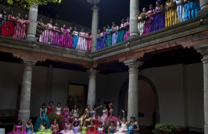 Mass Quinceanera thrown in Mexico City