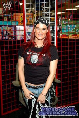 Former WWE Diva, Amy