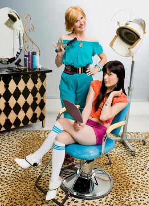 Molly Shannon stars as Kath and Selma Blair star as Kim in Kath & Kim.