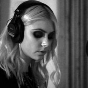 taylor momsen quotes momsenquotes tweets 73 following 92 followers 193 ...
