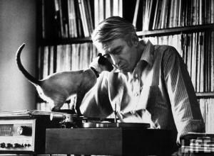 poet Rod McKuen with his cat