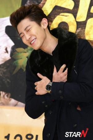 FY! EXO 》: Photo