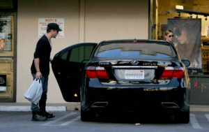 Ryan Phillippe Autos and Cars ( 1 )