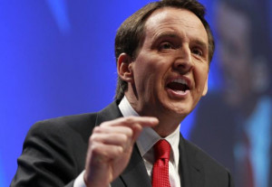 ... Huckabee Announces Minnesota Governor Tim Pawelnty is his runningmate