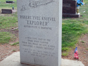 Evel Knievel's tombstone (