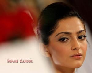 Sonam Kapoor 11