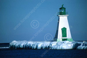 CAL WIN SCE ON BMM1000501DLIGHTHOUSE ON ICY SHOREPORT DALHOUSIE ...