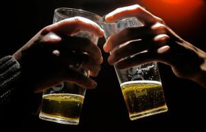 couple-drinking-alcohol.jpg