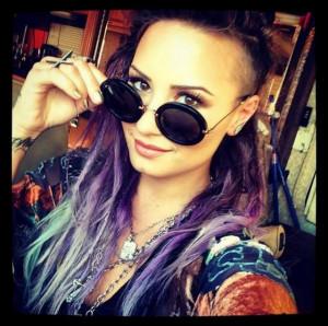 ... Her Pretty Waves For Cool Purple Dreadlocks In New Instagram Selfie