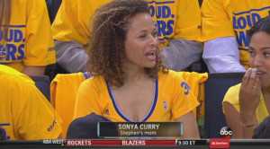 Steph Curry's mom continues to be the best mom in sports