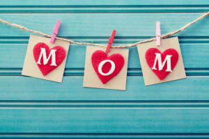 This Mother's Day surprise your mom with a greeting card in Spanish ...