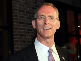 PRESS PHOTOGRAPH. In South Carolina, ousted incumbent Rep. Bob Inglis ...