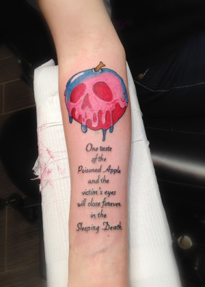 Snow White Poison Apple Tattoo for a girl allergic to apples! Tattoo ...