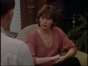 Dr. Karen Harmon (Marcia Strassman)