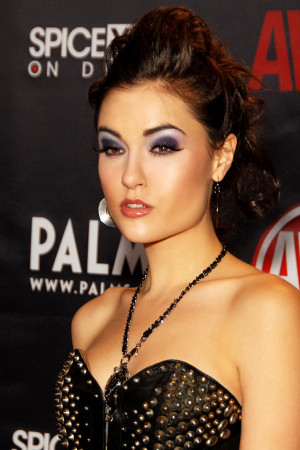 ... Sasha Grey, Billy Crystal, Stephen Curry, Daniel Gillies, Sammi