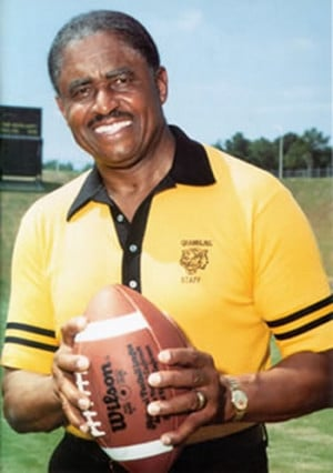 Grambling State's Eddie Robinson now has most wins by a NCAA ...