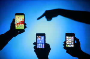 Cell Phone Addiction: Parents Glued To Smartphones Have 'More ...