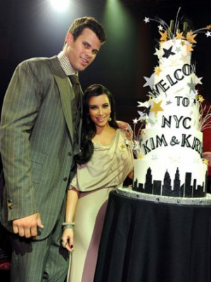 Hot Naked Yoga Class That Sent Kris Humphries Packing Is 'Sensual, Not ...