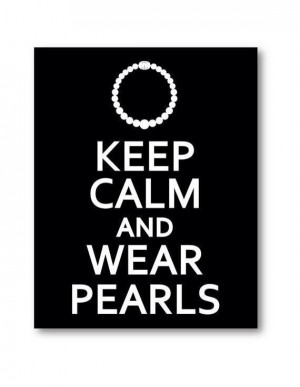 love pearls :) All southern ladies should wear pearls!