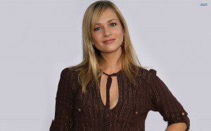 AJ Cook wallpaper 2560x1600