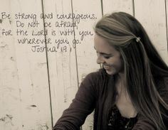 Senior picture with favorite quote or Bible verse! Brilliant! More
