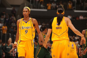 Lisa Leslie and Candace Parker Image