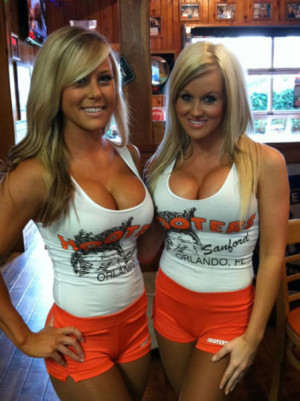Selection of hot Hooters girls photos.