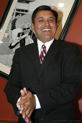 treasurer_cisneros_bar_fundraiser_cisneros_mug.jpg