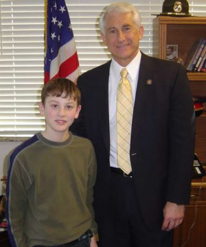 Dave Reichert WA Text 39 WA 8 39 to 37420 to vote for this picture